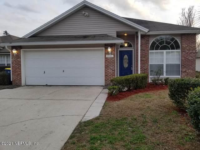 2906 Centerwood Dr N, Jacksonville, FL 32218 (MLS #1092330) :: The Hanley Home Team