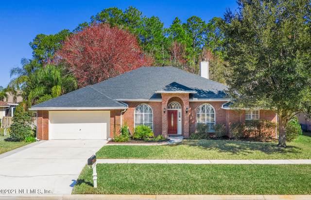 5209 Camelot Forest Dr, Jacksonville, FL 32258 (MLS #1092708) :: The Coastal Home Group