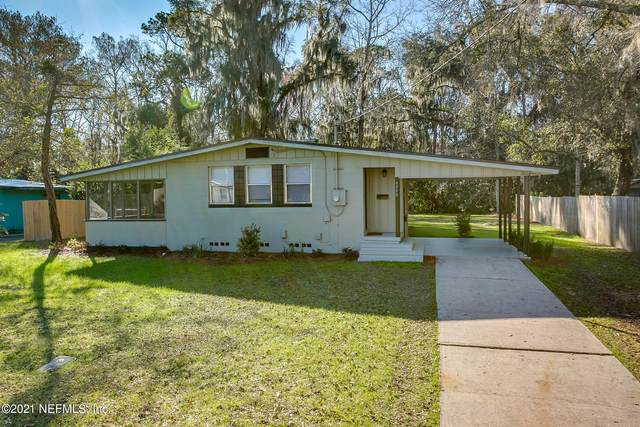 4940 Ortega Hills Dr, Jacksonville, FL 32244 (MLS #1093391) :: The Impact Group with Momentum Realty