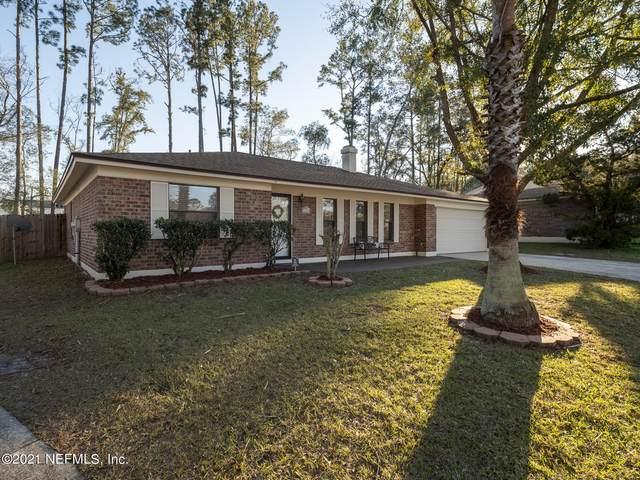 7912 Winterwood Ct, Jacksonville, FL 32210 (MLS #1093590) :: The Coastal Home Group