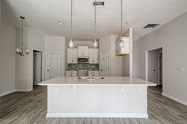 6075 Patriot's Landing Ln, Jacksonville, FL 32244 (MLS #1093607) :: EXIT Real Estate Gallery