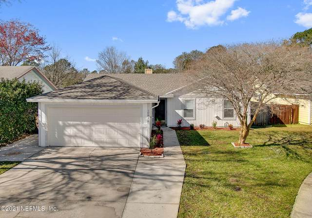 10816 Rutherford Ct, Jacksonville, FL 32257 (MLS #1094135) :: The Coastal Home Group