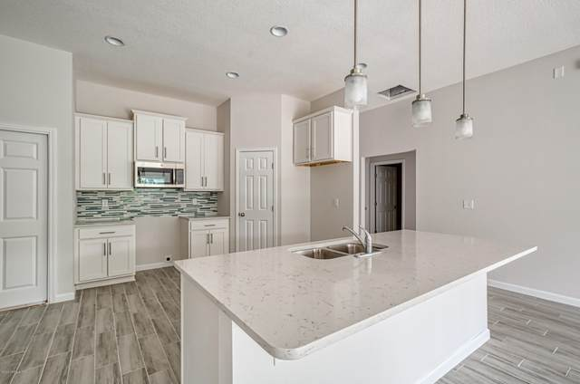 6020 Patriots Landing Ln, Jacksonville, FL 32244 (MLS #1094241) :: EXIT Real Estate Gallery