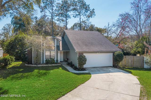 3130 Sweetwater Oaks Dr S, Jacksonville, FL 32223 (MLS #1095503) :: The Hanley Home Team