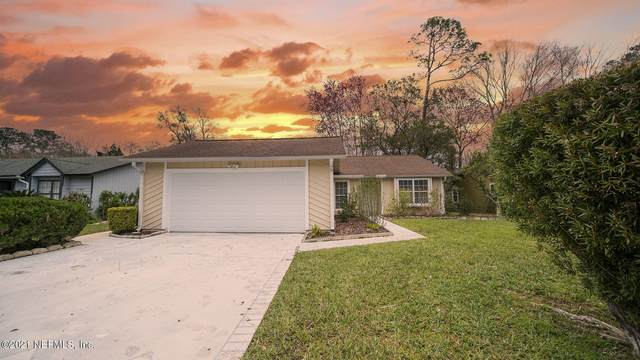3747 Mandarin Woods Dr N, Jacksonville, FL 32223 (MLS #1095614) :: The Hanley Home Team
