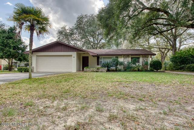 265 SW Grove St, Keystone Heights, FL 32656 (MLS #1095668) :: The Newcomer Group