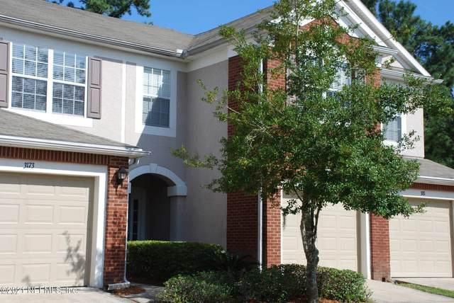 3177 Hollow Tree Ct, Jacksonville, FL 32216 (MLS #1095683) :: CrossView Realty