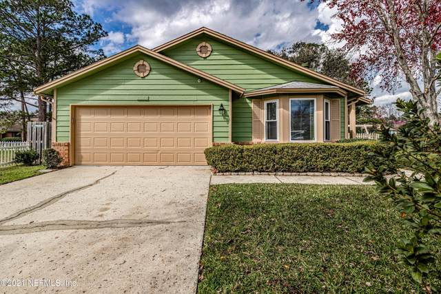 2072 Wax Myrtle Ct, Orange Park, FL 32073 (MLS #1095783) :: EXIT Real Estate Gallery