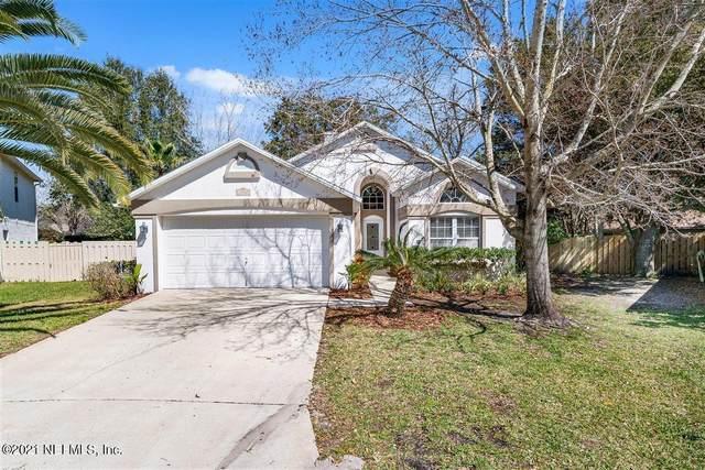 13767 Oak Tree Ter, Jacksonville, FL 32224 (MLS #1096031) :: The DJ & Lindsey Team