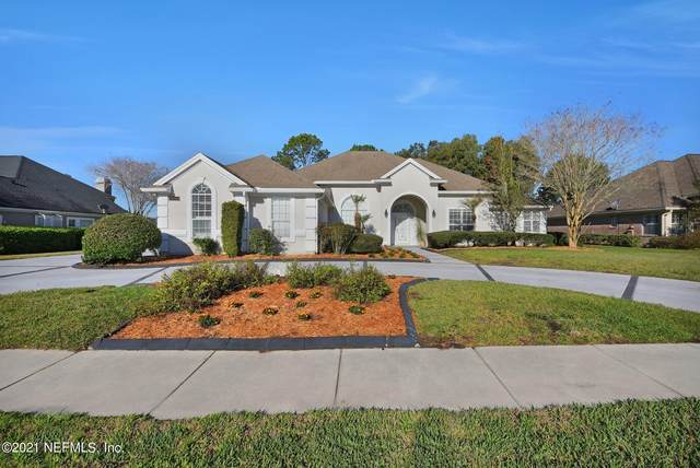10066 Chester Lake Rd E, Jacksonville, FL 32256 (MLS #1096635) :: The Hanley Home Team