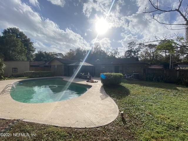 5523 Lofty Pines Cir S, Jacksonville, FL 32210 (MLS #1096694) :: The DJ & Lindsey Team