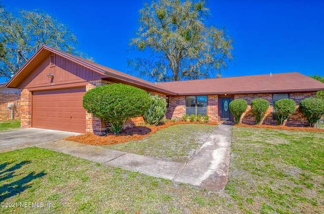 6307 Cranberry Ln W, Jacksonville, FL 32244 (MLS #1096752) :: The Newcomer Group