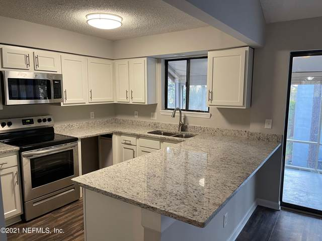 602 Clubhouse Ct #602, Jacksonville, FL 32256 (MLS #1097015) :: The Coastal Home Group