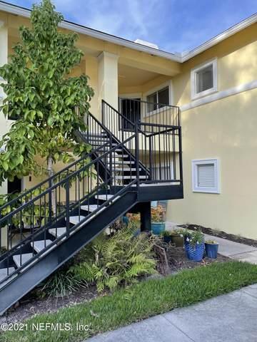 1800 The Greens Way #306, Jacksonville Beach, FL 32250 (MLS #1097137) :: Berkshire Hathaway HomeServices Chaplin Williams Realty