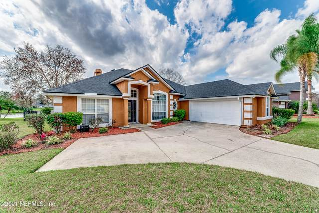 2213 Wide Reach Dr, Fleming Island, FL 32003 (MLS #1097195) :: The DJ & Lindsey Team
