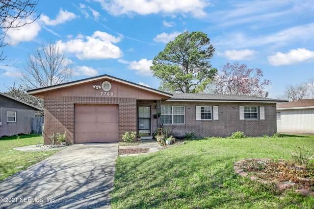 7760 Lisa Dr E, Jacksonville, FL 32217 (MLS #1097596) :: The Coastal Home Group