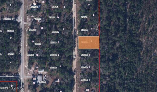 130 East Dr, Florahome, FL 32140 (MLS #1097958) :: The Newcomer Group