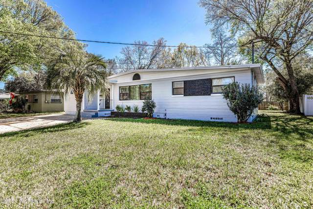 6218 Carranza Dr, Jacksonville, FL 32216 (MLS #1098192) :: The Coastal Home Group