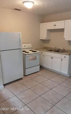 2231 Spring Park Rd #4, Jacksonville, FL 32207 (MLS #1098340) :: MavRealty