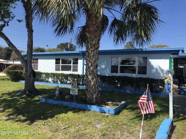 102 West Virginia St, Crescent City, FL 32112 (MLS #1098385) :: 97Park