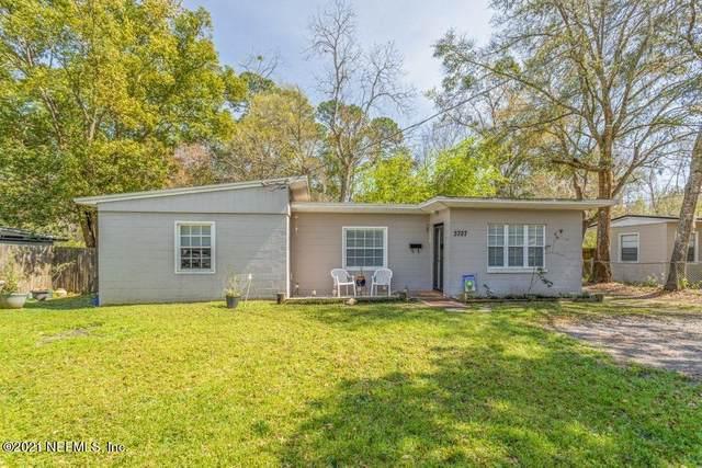 3727 Eve Dr E, Jacksonville, FL 32246 (MLS #1098427) :: Berkshire Hathaway HomeServices Chaplin Williams Realty
