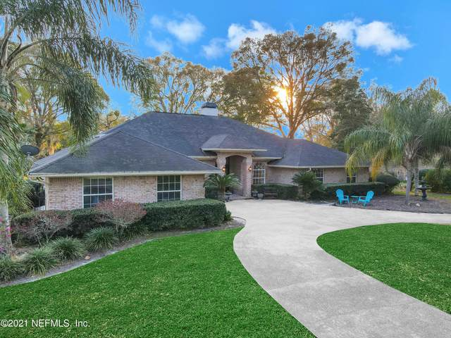 1833 Colonial Dr, GREEN COVE SPRINGS, FL 32043 (MLS #1098793) :: The Coastal Home Group