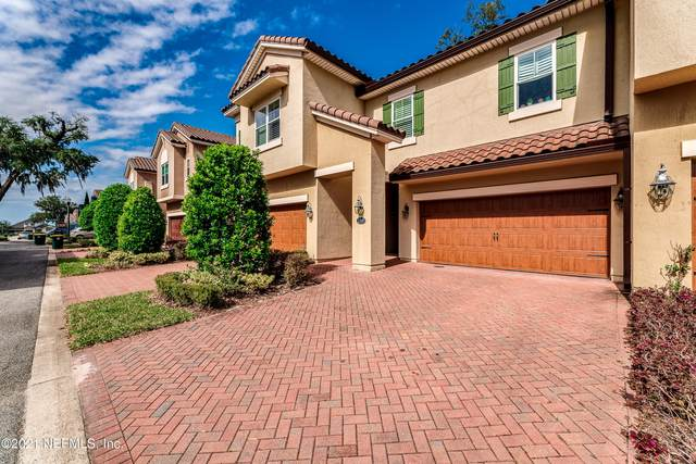 1389 Sunset View Ln, Jacksonville, FL 32207 (MLS #1098903) :: Century 21 St Augustine Properties