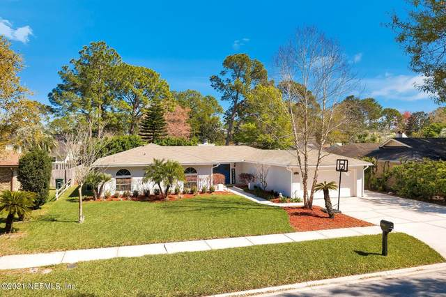 9743 Sharing Cross Dr, Jacksonville, FL 32257 (MLS #1099158) :: EXIT Inspired Real Estate