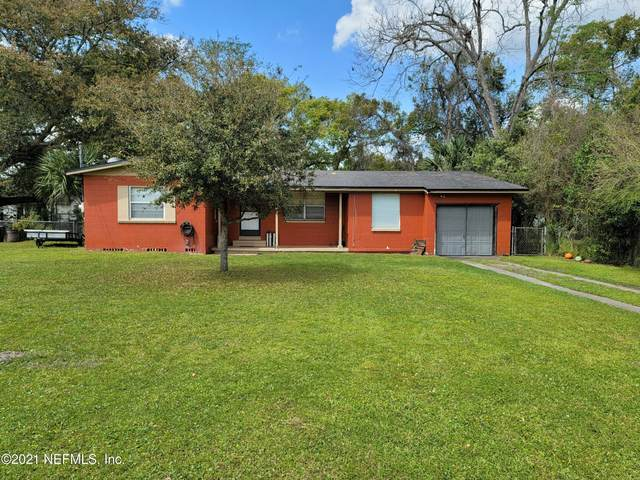 7918 Caxton Cir W, Jacksonville, FL 32208 (MLS #1099659) :: The Newcomer Group