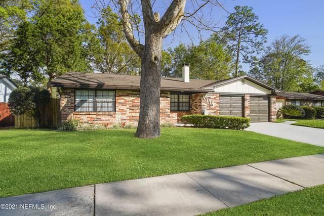 4174 Cumbrian Gardens Ln, Jacksonville, FL 32257 (MLS #1099817) :: The Hanley Home Team