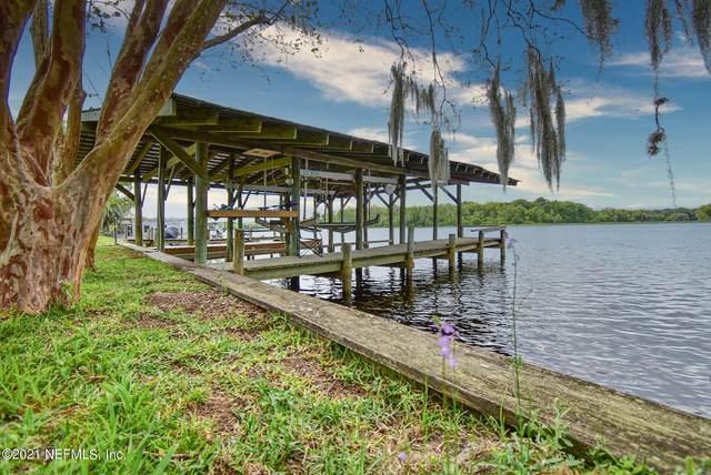 131 St Johns Ct, Satsuma, FL 32189 (MLS #1100009) :: The Coastal Home Group