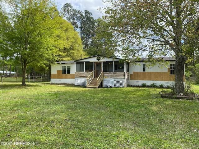 16546 Village Green Dr, Jacksonville, FL 32234 (MLS #1101069) :: The Coastal Home Group