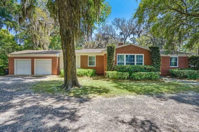 4031 Ortega Forest Dr, Jacksonville, FL 32210 (MLS #1101749) :: CrossView Realty