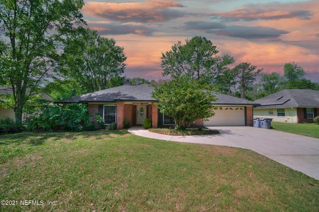 1774 Rush Creek Dr W, Jacksonville, FL 32225 (MLS #1101802) :: The Newcomer Group