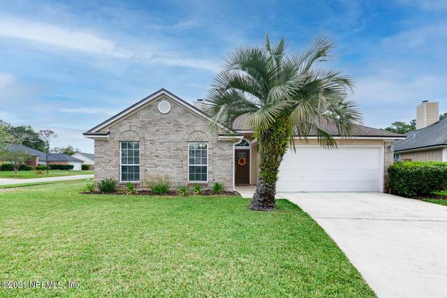 14001 Lumberton Falls Dr, Jacksonville, FL 32224 (MLS #1102012) :: The Newcomer Group