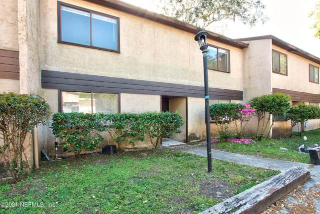 718 Oaks Field Rd G3-2, Jacksonville, FL 32211 (MLS #1102458) :: Olde Florida Realty Group