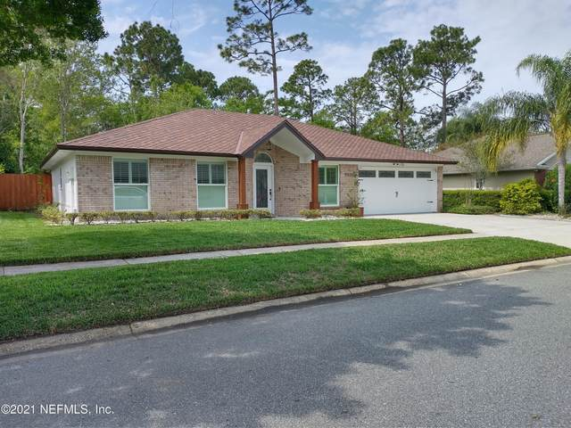 2888 Sans Pareil St, Jacksonville, FL 32246 (MLS #1102472) :: The Perfect Place Team