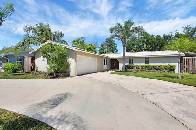 1539 Loumat Ct, Orange Park, FL 32073 (MLS #1102847) :: Bridge City Real Estate Co.