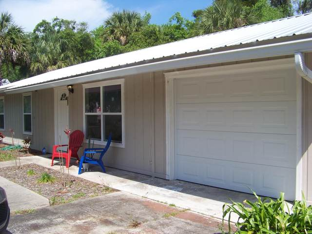 507 N 10TH St, Palatka, FL 32177 (MLS #1102960) :: The Coastal Home Group