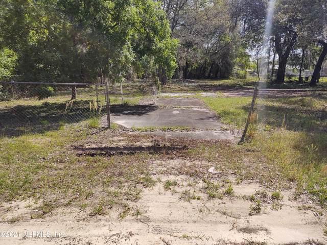 106 Delaware Ave, Interlachen, FL 32148 (MLS #1103261) :: Ponte Vedra Club Realty
