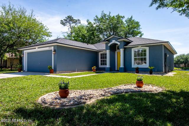 10212 Rising Mist Ln, Jacksonville, FL 32221 (MLS #1103371) :: Olde Florida Realty Group