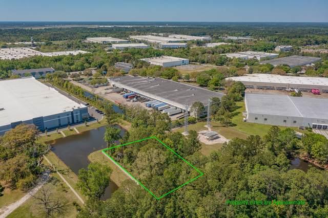 13156 Higate Rd, Jacksonville, FL 32218 (MLS #1103934) :: The Coastal Home Group