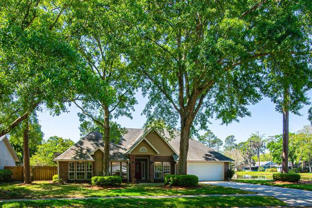 10382 Deerfoot Ln, Jacksonville, FL 32257 (MLS #1104138) :: Berkshire Hathaway HomeServices Chaplin Williams Realty