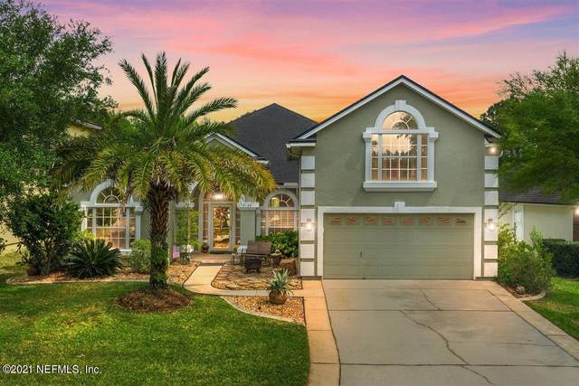 3122 Wandering Oaks Dr, Orange Park, FL 32065 (MLS #1104212) :: EXIT Real Estate Gallery
