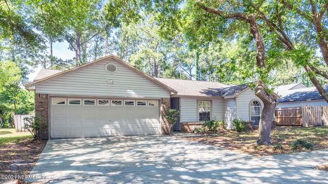 2126 St Martins Dr W, Jacksonville, FL 32246 (MLS #1104236) :: EXIT Real Estate Gallery