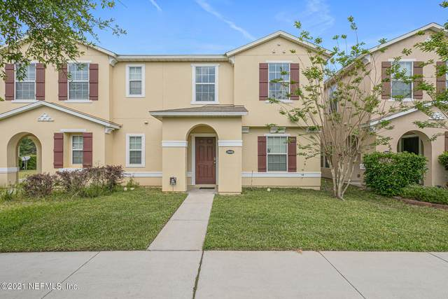 3444 Biltmore Way, Orange Park, FL 32065 (MLS #1104286) :: The Every Corner Team
