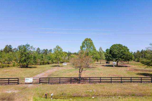 4360 County Road 108, Hilliard, FL 32046 (MLS #1104566) :: The Hanley Home Team