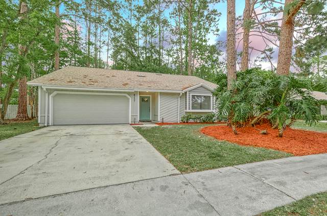 8237 Crosswind Rd, Jacksonville, FL 32244 (MLS #1104665) :: EXIT Real Estate Gallery