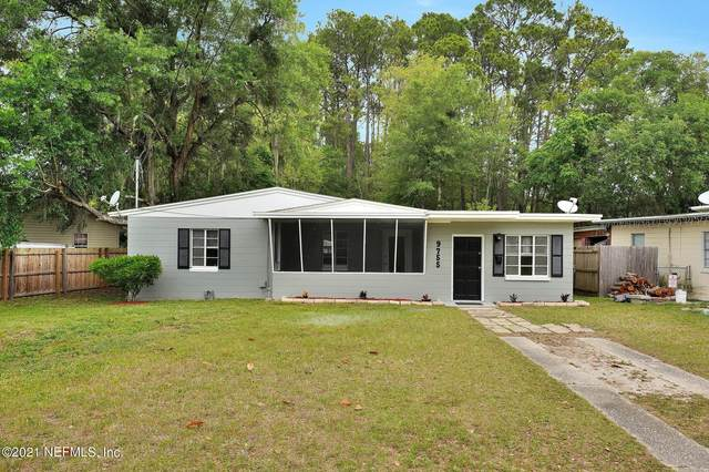 9755 Banks Rd, Jacksonville, FL 32246 (MLS #1104777) :: The Coastal Home Group