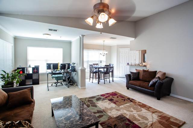 7800 Point Meadows Dr #531, Jacksonville, FL 32256 (MLS #1104793) :: EXIT Real Estate Gallery